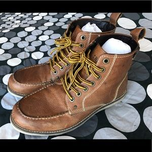 Crevo Other - Crevo Men's Leather Casual Boots 👌