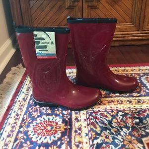 Kamik Shoes - Red Kamik rain boots. Never worn. NWT