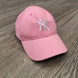 47 Other - ⚾️ NWOT NY Yankees Cap ⚾️