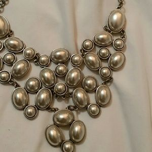 Urban outfitters pearl bib necklace