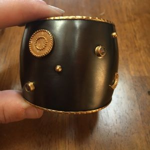 Satya Jewelry Jewelry - Satya Celestial Cuff - Excellent Condition