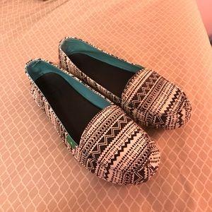 Sanuk Shoes - Sanuk Tribal Slip-Ons