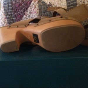 BC Footwear Shoes - Back tan suede leather sandals-new