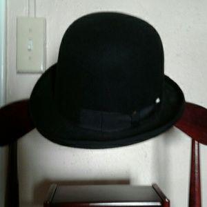 38832de19dd Capas Headwear Accessories - Wool bowler derby hat