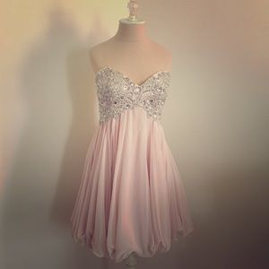 Xscape Dresses & Skirts - Pale pink formal dress