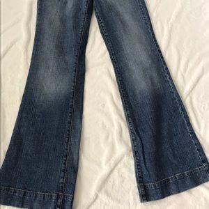 l.e.i flare jeans. Size :3 juniors