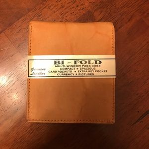 Other - Handcrafted Genuine leather bifold 😍