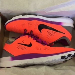 22414b895a8e Nike Shoes - NIKE Women s Nike Free 5.0 TR Fit 5