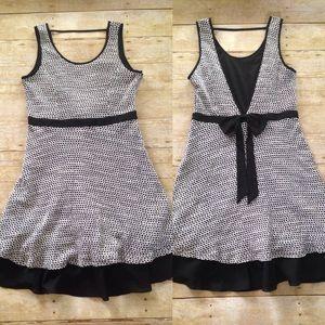a'reve Dresses & Skirts - A'reve v-cut back dress with bow