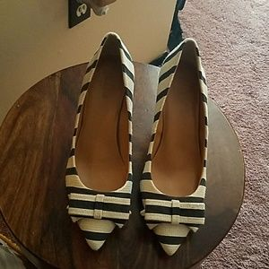 J Crew Isabella strip bow pump