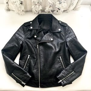 Forever 21 Jackets & Blazers - F21 🖤 Faux Leather Moto Bike Jacket (tagless)