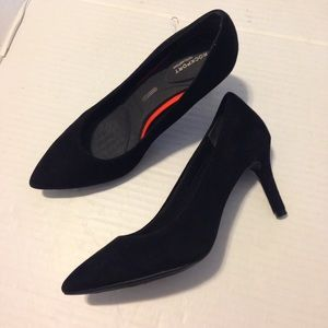 Rockport Shoes - Rockport Total Motion Black Suede Pump size 5.5