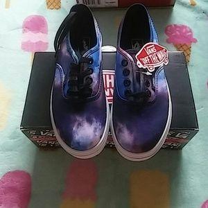 99bd75f5eae9 Vans Shoes - Nib Girl Cosmo Galaxy Lo Pro vans
