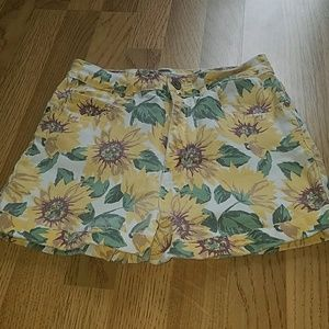 High waisted sunflower printed shorts