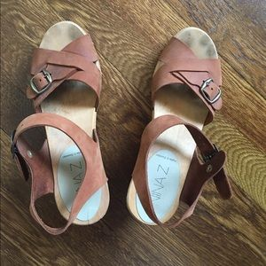 Nina Z Agneta  Natural sandals