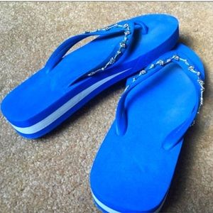 b9866adc9f1f jcpenney Shoes - NEW 💙 Blue Flip Flop Sandals