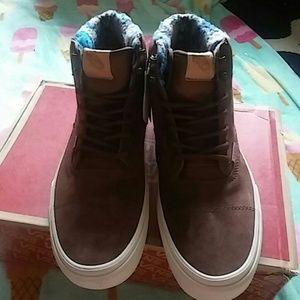 e49262d870 Vans Shoes - Nib era hiker mte vans