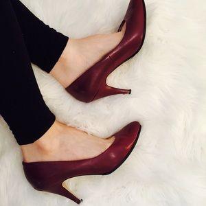 Newport News Shoes - Newport News Heels