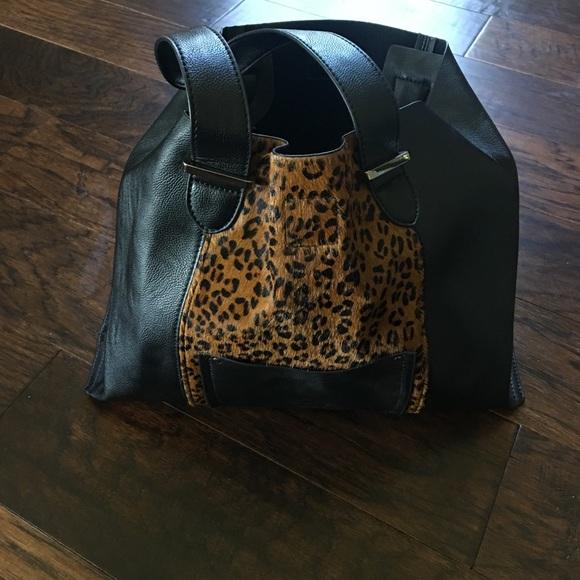 b133ae030e9f INZI Handbag