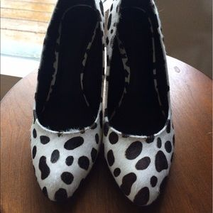 Kelsi Dagger Shoes - Kelsi Dagger Rare Cow Hide Wedges 9.5