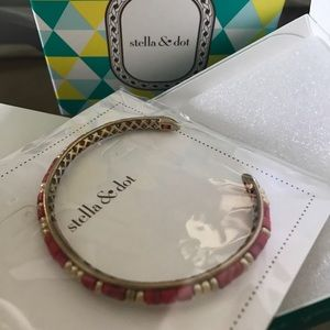 Stella & Dot Jewelry - Stella & Dot red coral and gold bangle-new in box