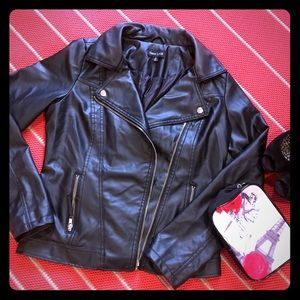 New Look Tops - Faux leather jacket