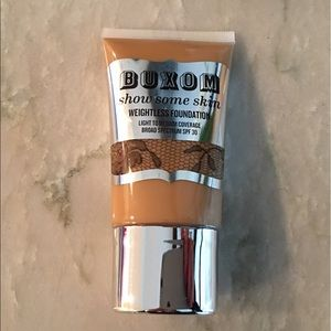 Buxom Other - Buxom Almond the Nude Weightless Foundation