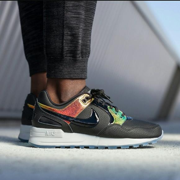 4336251f99efb Women s Nike Zoom Air Pegasus 89 Premium sneakers