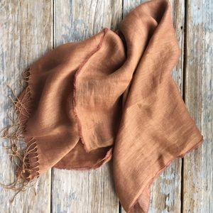 Bloomingdale's Accessories - Brown Linen Scarf/Wrap