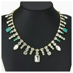 kate spade Jewelry - Kate spade stunning crystal statement necklace
