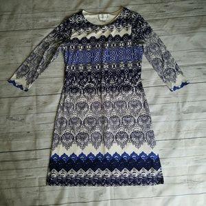 Donna Morgan Dresses & Skirts - Donna Morgan lace print jersey shift dress
