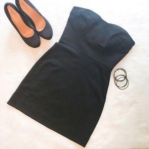 Diane von Furstenberg Dresses & Skirts - 🆕Diane Von Furstenberg Little Black Dress
