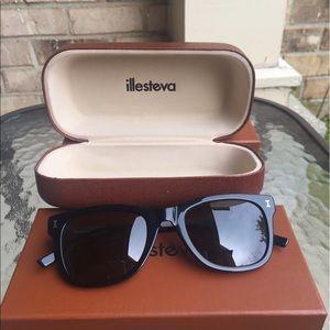 Illesteva Accessories - Illesteva Roarke C1 Sunglasses New never worn