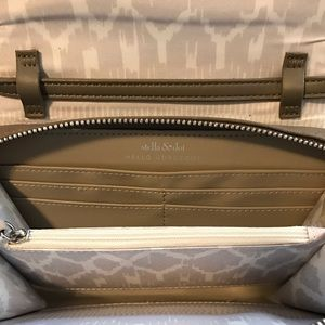 Stella & Dot Bags - New Stella & Dot Nolita crossbody wallet gray