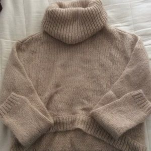 Divided Sweaters - Cropped cowl neck knit sweater
