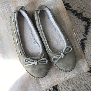L.L. Bean Shoes - NWOT suede moccasin slippers