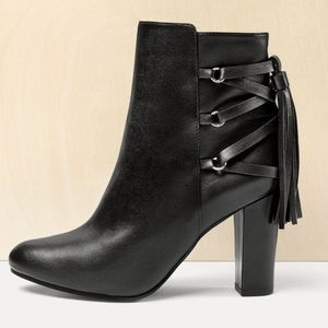 HALOGEN black almond toe tassel booties
