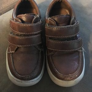 Josmo Other - Boys brown leather low tops sz 7