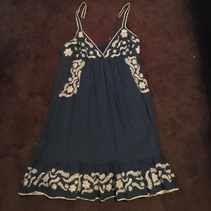 MM Couture Dresses & Skirts - Embroidered dress