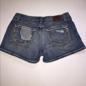 BKE Pants - ❤BKE by Buckle Sabrina distressed shorts sz 29