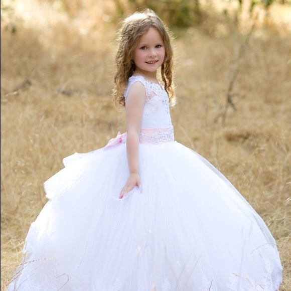 Triumphdress Dresses White Tulle Flower Girl Dress With Train