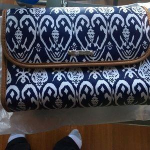 Stella & Dot Handbags - Makeup/jewelry hanging bag