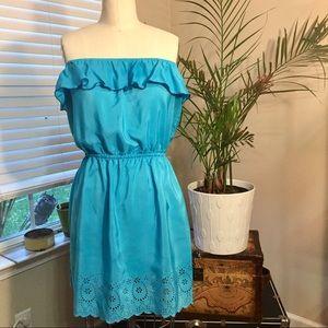 Snap Dresses & Skirts - NWT Turquoise Summer Soirée Dress w/Laser cut hem