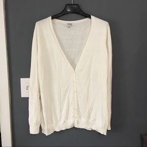 Old Navy Sweaters - Old Navy sweater- white/cream