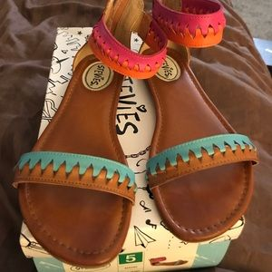 Stevies Other - Stevie's by Steve Madden girls sandals. Size 5