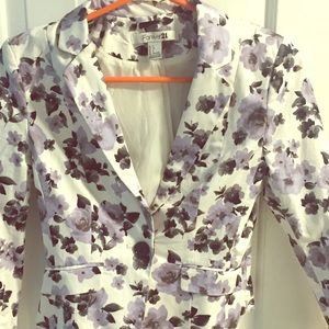 Forever 21 Jackets & Blazers - Beautiful lavender/white/black floral blazer💜⚫️⚪️