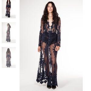 arnhem Dresses & Skirts - Arnhem Maple Lace Maxi