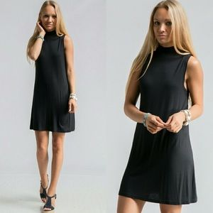 Dresses & Skirts - Any occassion black dress!🔥S/M/L available