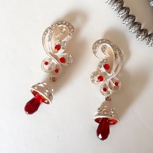 Jewelry - 25% off 💍 A69 White Painted Red Teardrop Earrings