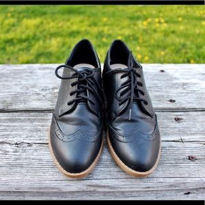 Forever 21 Black Brogues menswear-inspired shoes